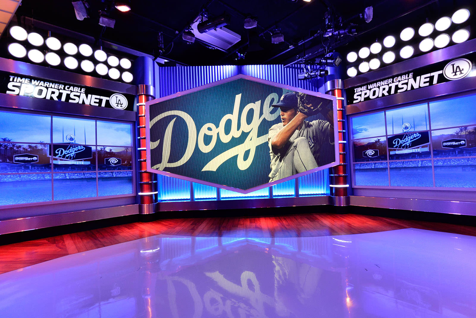sportsnet dodgers mlb masn studio launch nesn contenders rsns running series segundo el tv directv collusion sues justice department centric