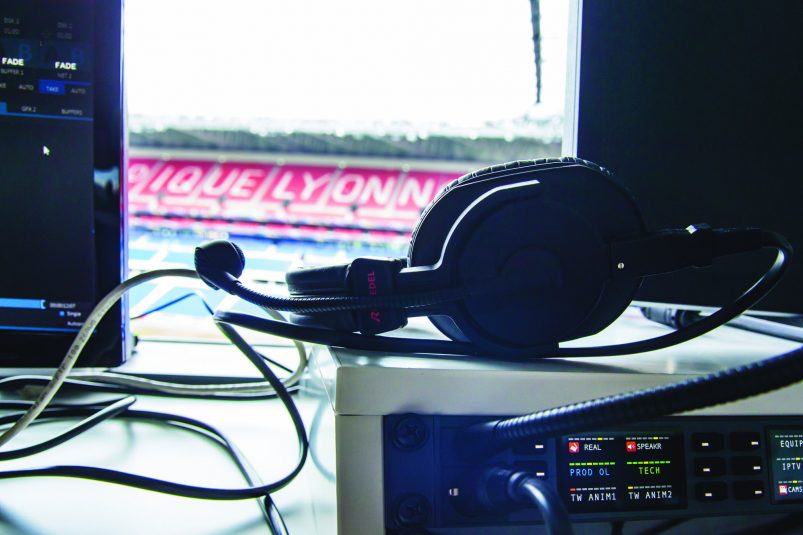Olympique Lyon lowres_Headset_Panel