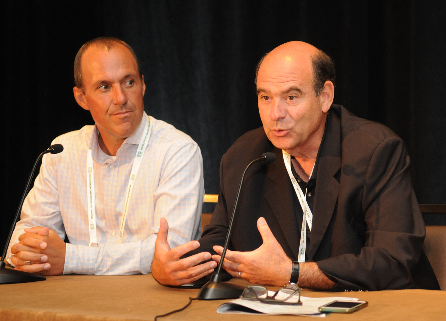 From left: Brian Campanotti, Oracle, Global Director of Business Development and Jeff Greenwald, HGST, Senior Director, Market Development