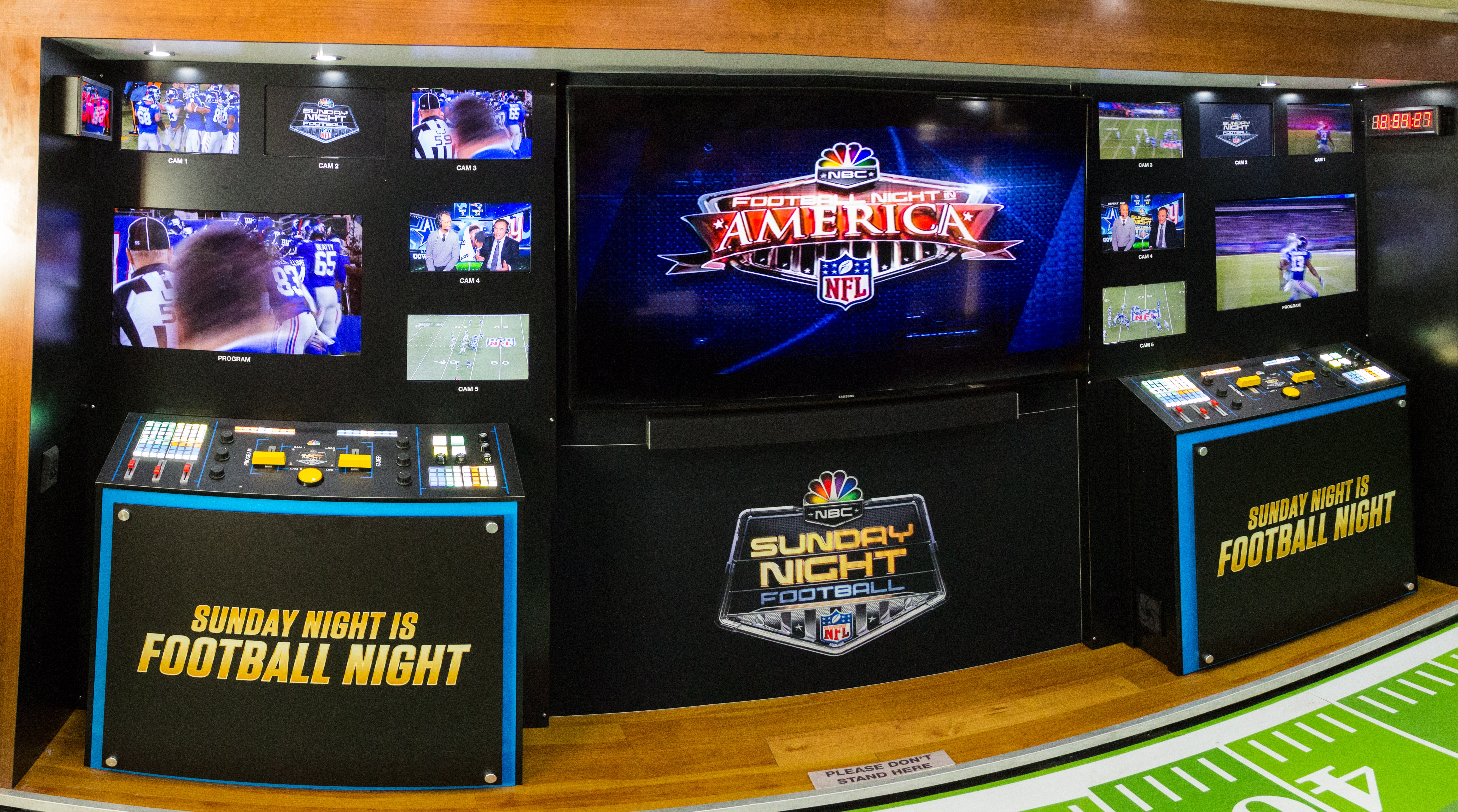 NFL Kickoff 2016: NBC Sports Bus Takes Fans Behind the ...