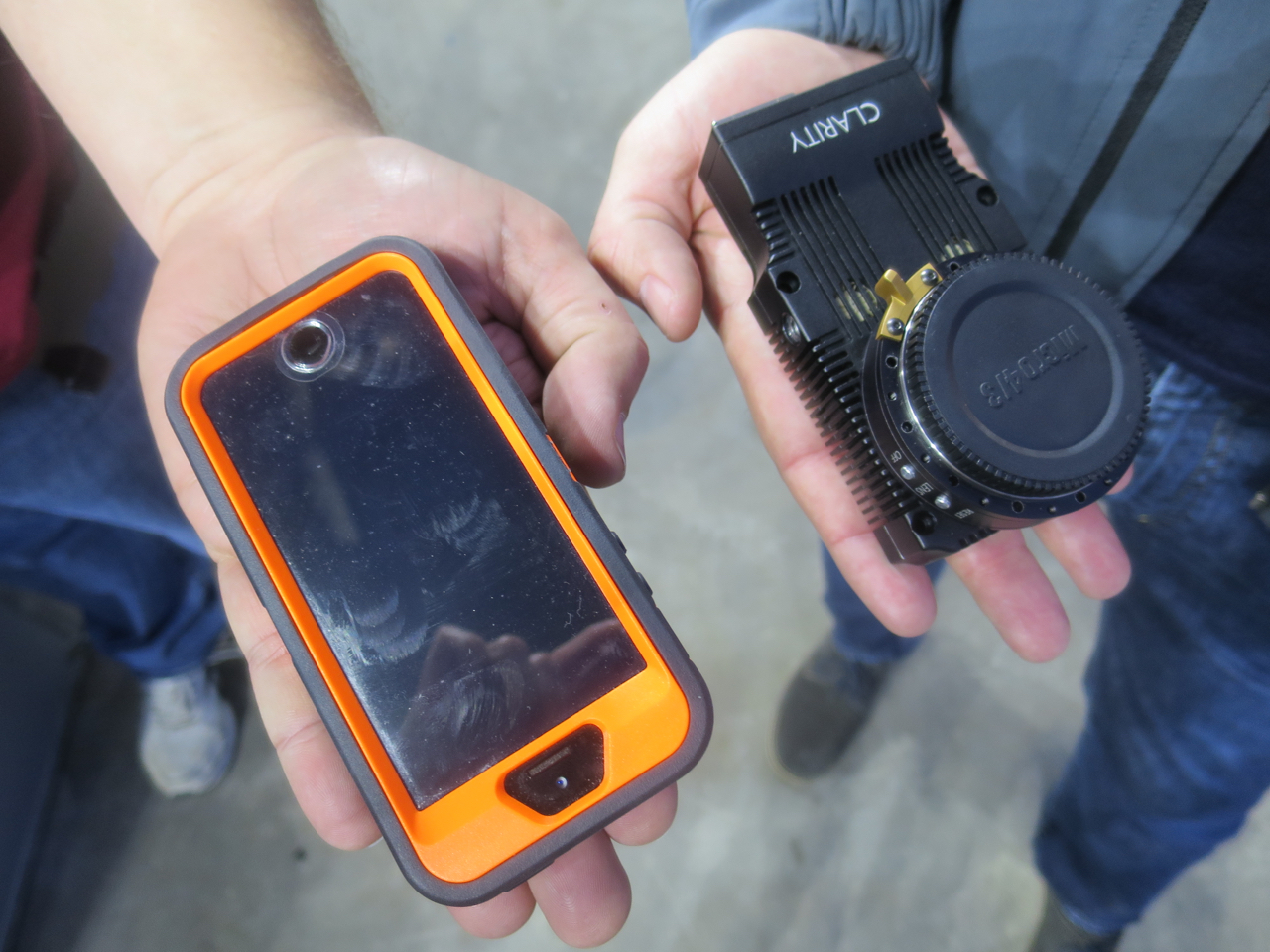 The Clarity 800 camera has a similar footprint to a smartphone.