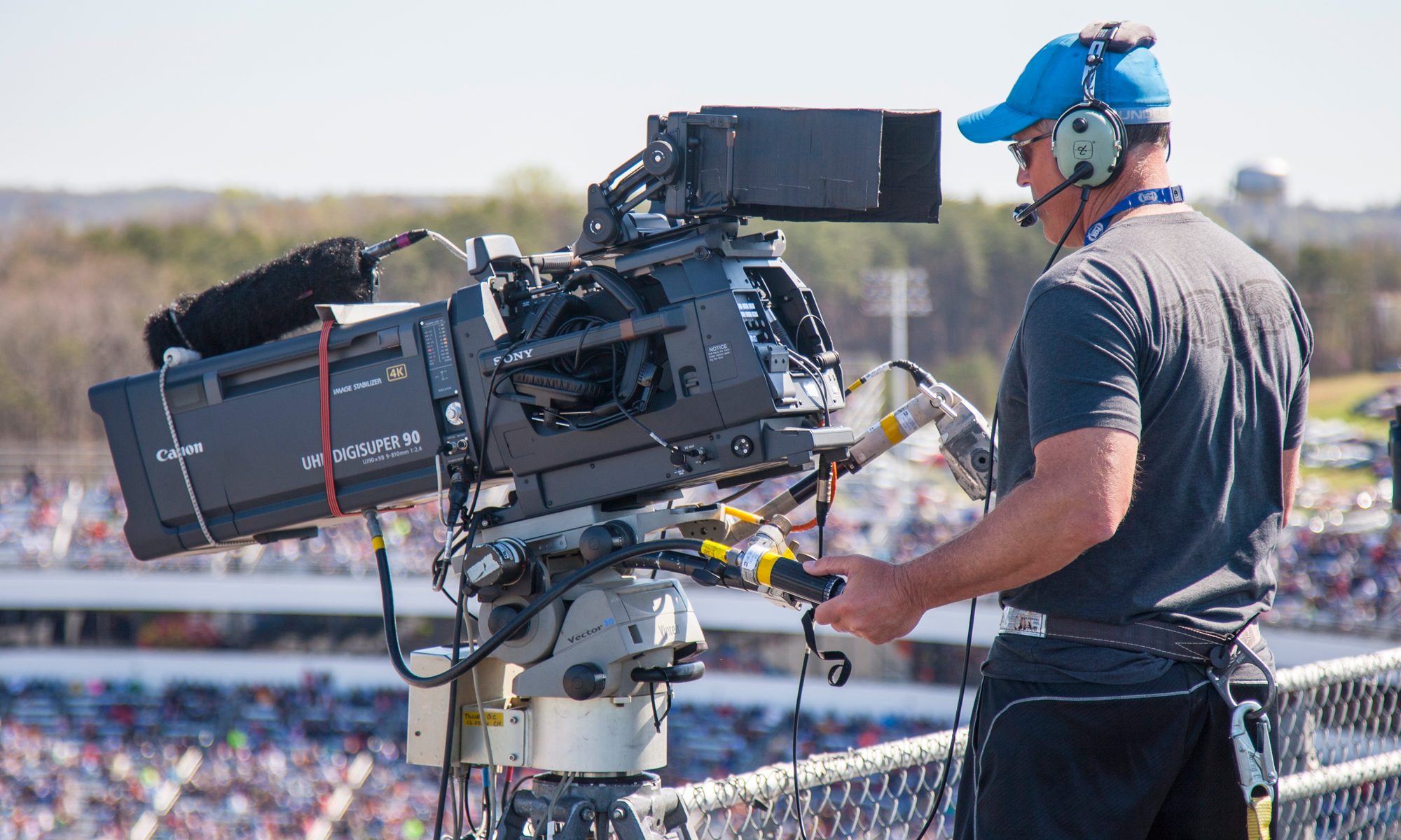 nhra  nascar forays in 4k use proper uhd canon lenses