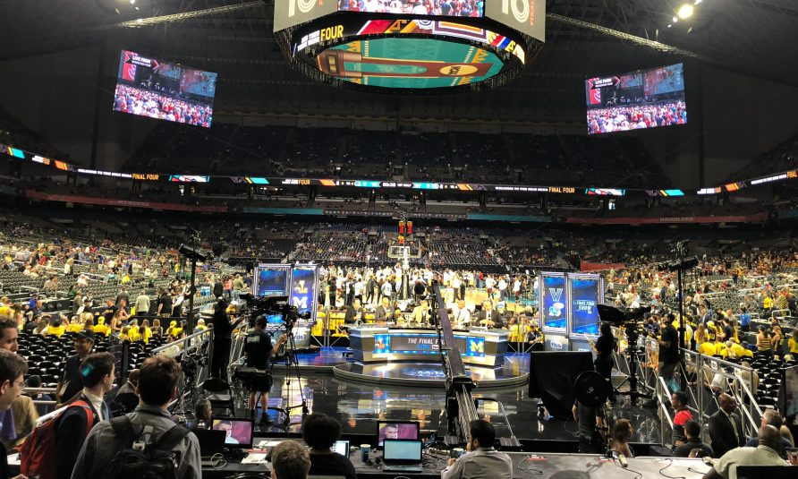 Live From Final Four: Compound Shuffle Gives CBS/Turner's Titanic Production a Tech Shot in the Arm